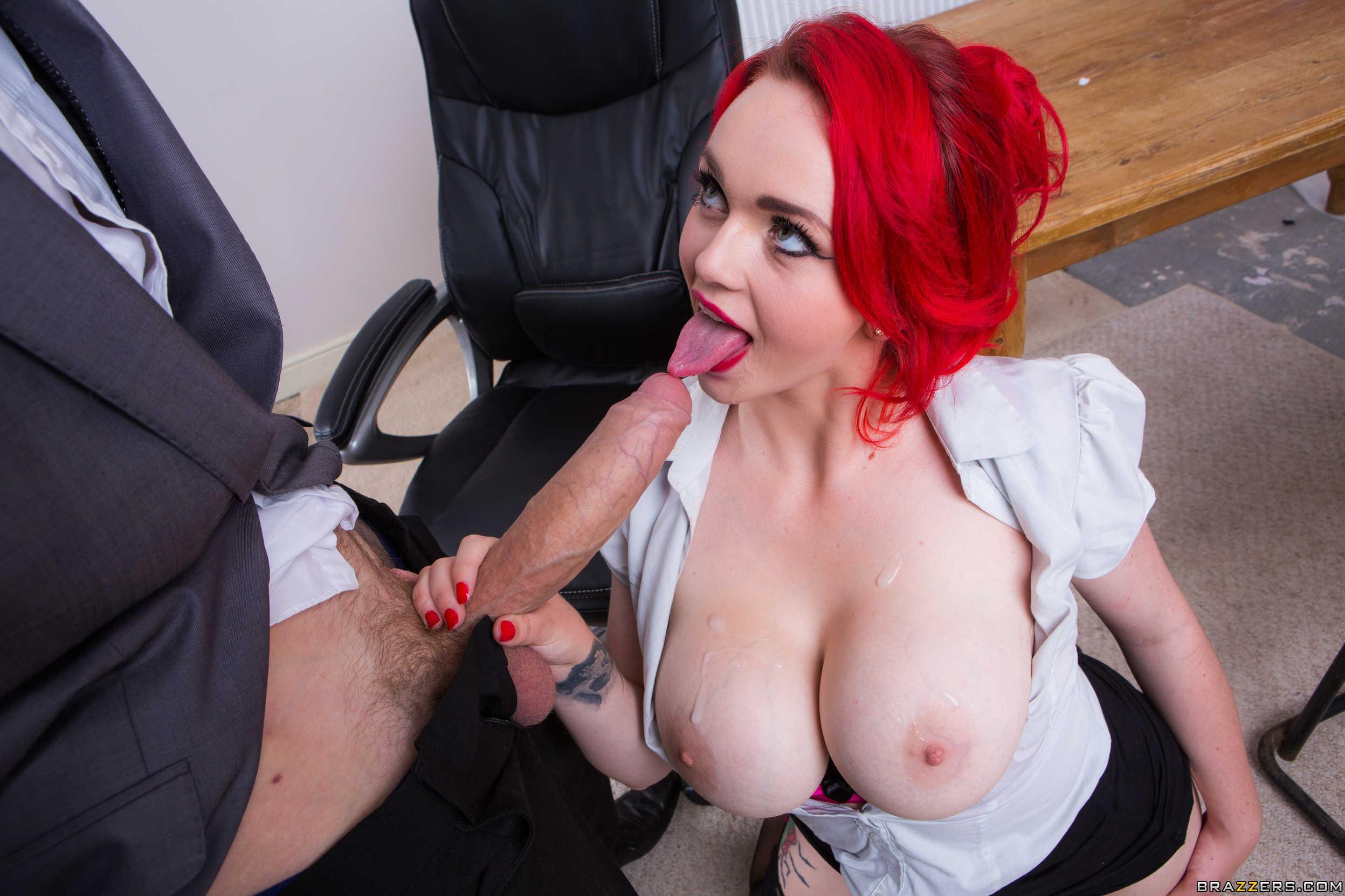 Порно рыжих сиськастых
