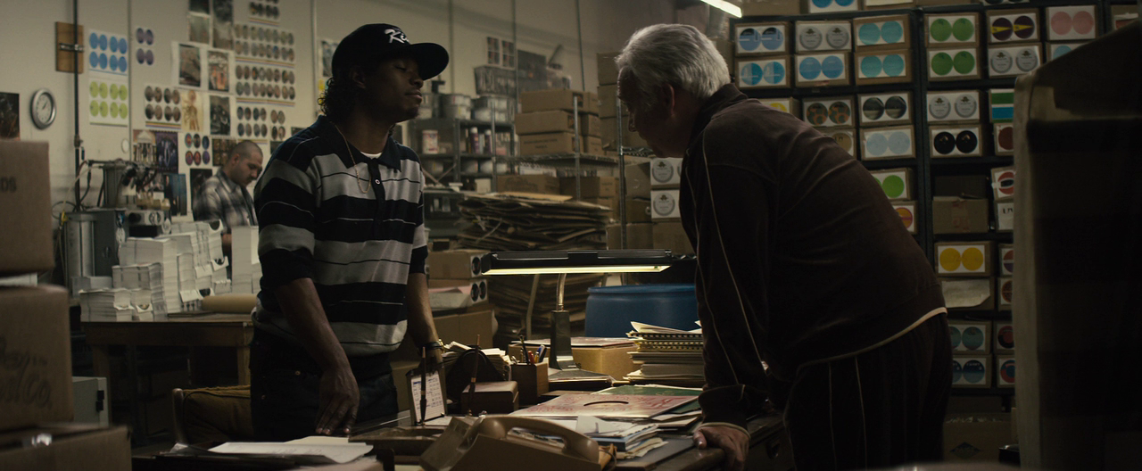 Straight Outta Compton 2015 (720p Bluray) DUAL TR - EN - HD Film indir