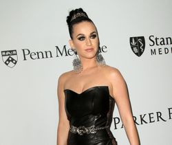 26797112_Katy_Perry_13.04.2016_DAFDAW000