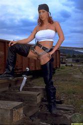 Ashley-Robbins-Sharp-Objects-z4wpda3lvs.jpg
